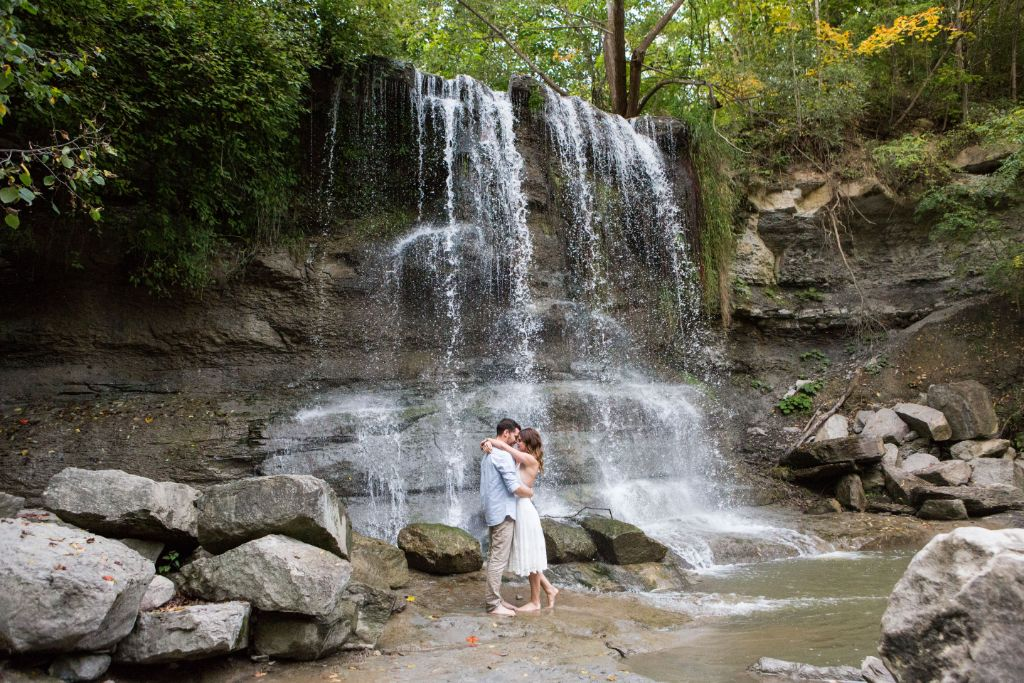 Waterfall couple session by Melissa Carron Photography